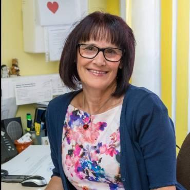 Olga Strmšek – tajnica